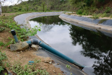 Dankzij deze waterleiding hebben 47 arme boeren water om hun velden te besproeien en hun vee te onderhouden.